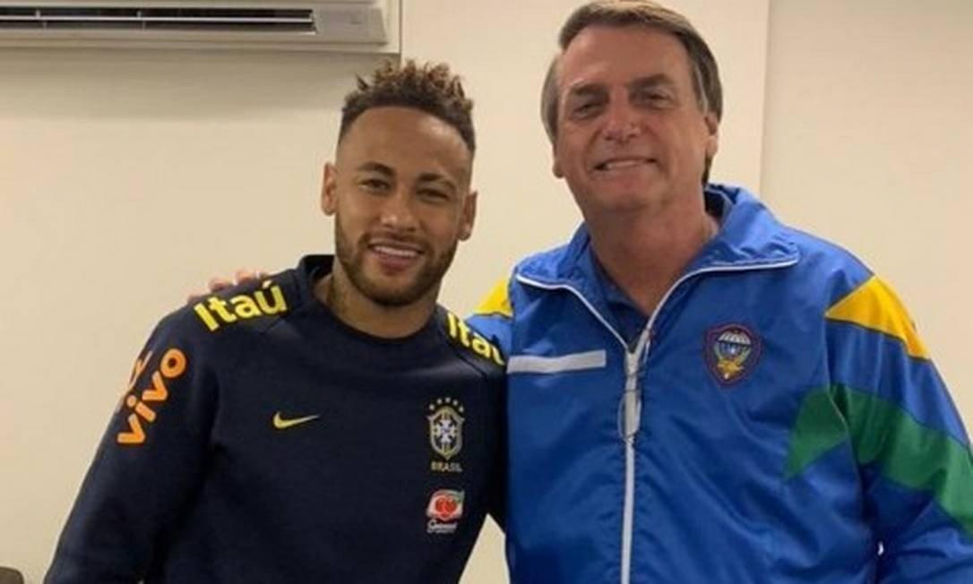 O jogador Neymar Jr recebeu a visita do presidente Jair Bolsonaro (Foto: Reprodução)