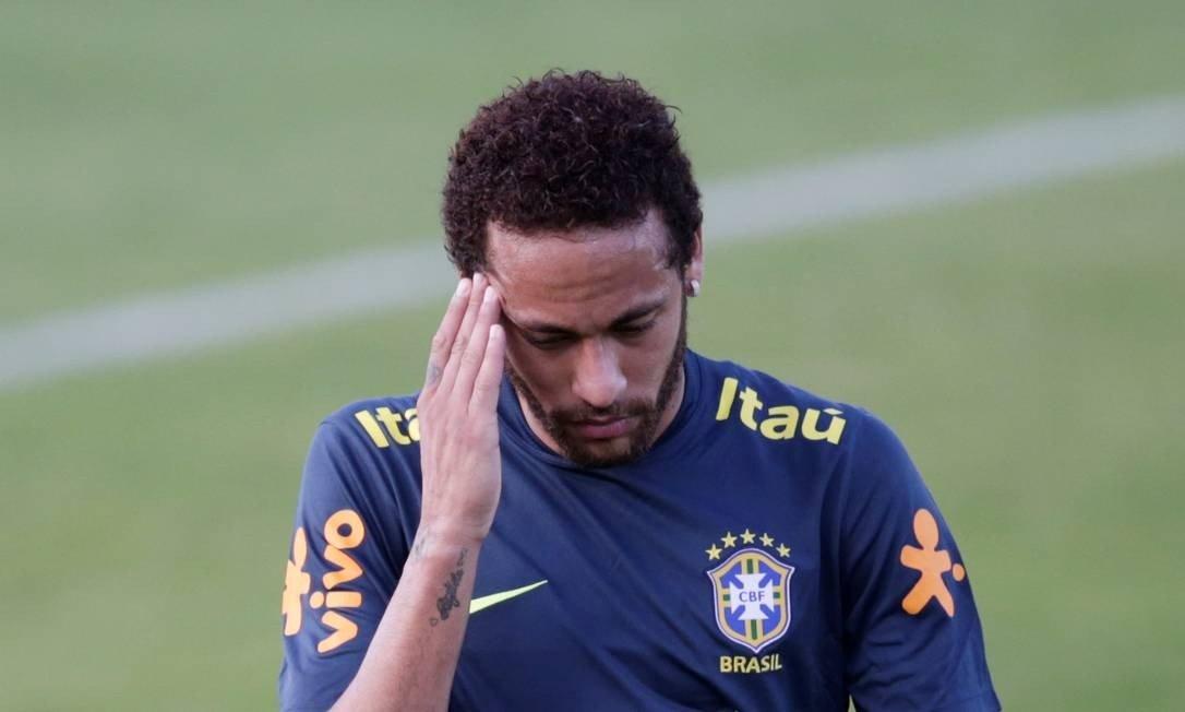 O jogador Neymar durante treino (Foto: Ricardo Moraes / Reuters)