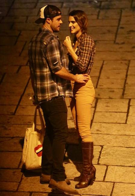 Joaquim Lopes e a noiva Marcella Fogaça estiveram na mesma festa de Paolla Oliveira Foto: EXTRA