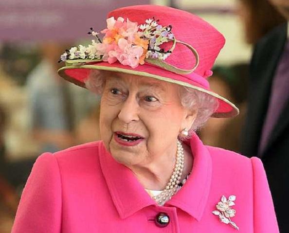 Rainha Elizabeth II faz discurso em meio a pandemia do novo coronavírus (Foto: Reprodução)