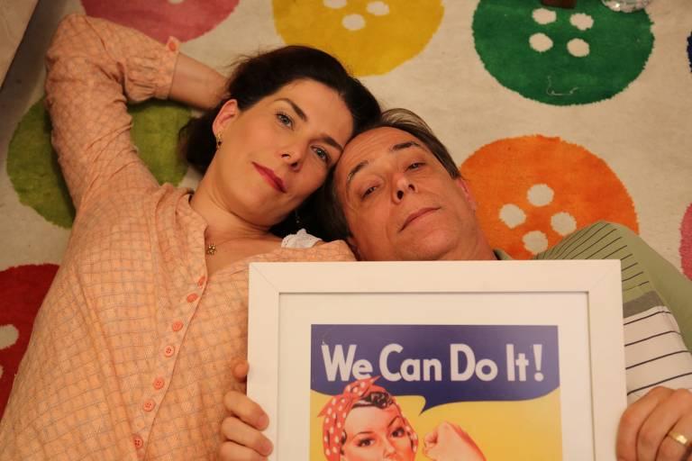 Pedro Cardoso e esposa estão em cartaz e ator criticou Jair Bolsonaro (Foto: Reprodução)