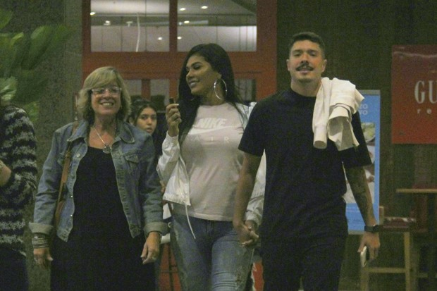 Pocah e Ronan Souza podem está namorando (Foto: José Humberto/AgNews)