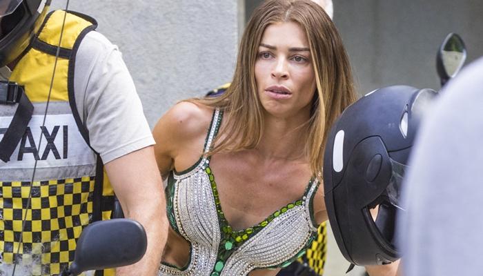 Grazi Massafera (Paloma) em cena do segundo capítulo de Bom Sucesso, que bateu recorde de ibope (Foto: Globo/João Cotta)