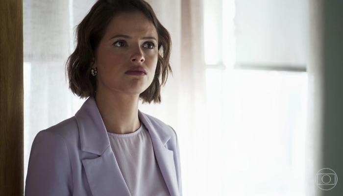 Josiane (Agatha Moreira) em cena de A Dona do Pedaço; vilã será chantageada por Fabiana após matar Jardel (Foto: Reprodução/Globo)