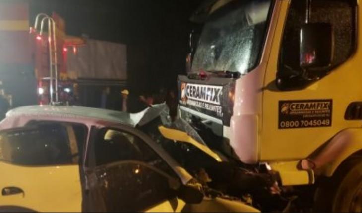 Imagens do acidente envolvendo filho da cantora Célia Pedro (Foto: Reprodução/Diarinho)