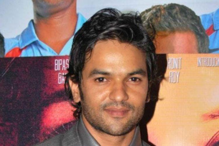 O ator Amit Puhorit faleceu na última semana e diversos famosos lamentaram a morte do galã nas redes sociais (Foto: Divulgação)