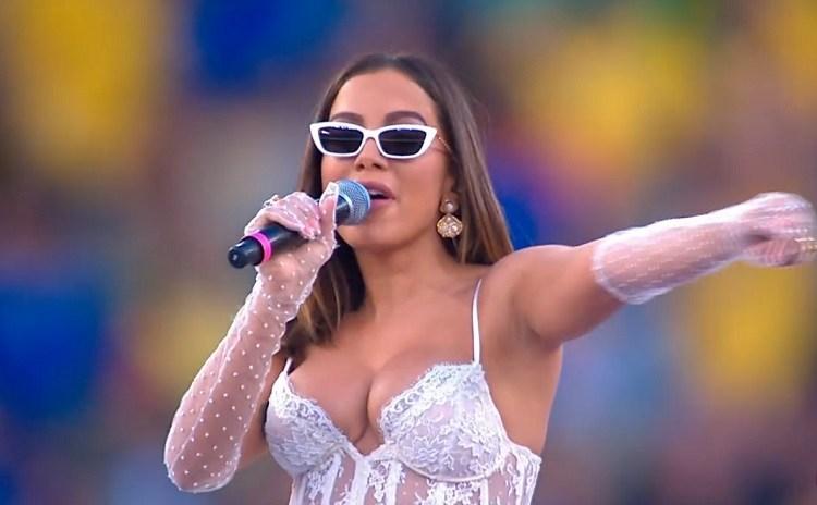 Anitta representa o Brasil na final da Copa America (Foto: Reprodução)