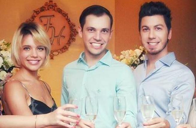Bruna Linzmeyer, namorada de Priscila Fiszman, ao lado de Helder e Fabrício (Foto: Reprodução/Instagram)