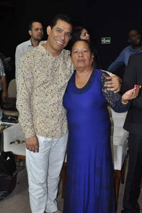 A mãe do pastor Anderson, Maria Edna (Foto: Reprodução)