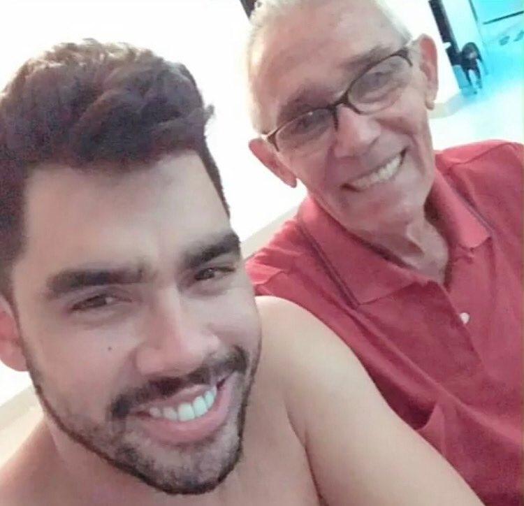 Gabriel Diniz e seu avô (Foto: Reprodução/Instagram)