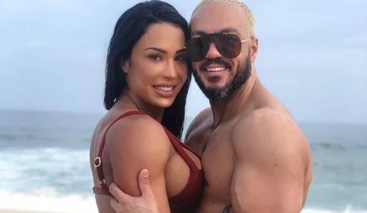 Gracyanne Barbosa e Belo globo (Foto: Reprodução/Instagram)