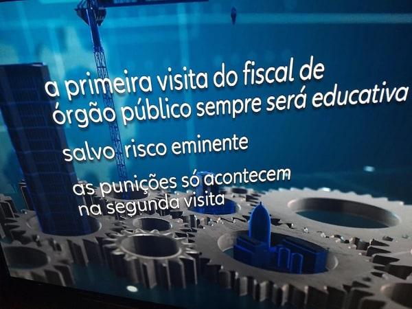 Imagem do erro cometido pelo Jornal Nacional (Foto: Reprodução/Globo)