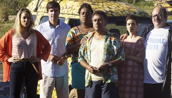 Cena do filme Os Farofeiros, que fez a Tela Quente bater recorde de audiência (Foto: Divulgação/Globo Filmes)