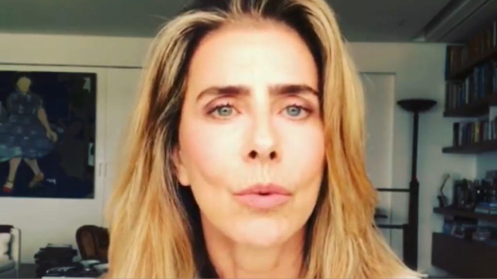 Maitê Proença, ex-atriz da Globo, virou piada após aparecer fazendo faxina (Foto: Instagram)