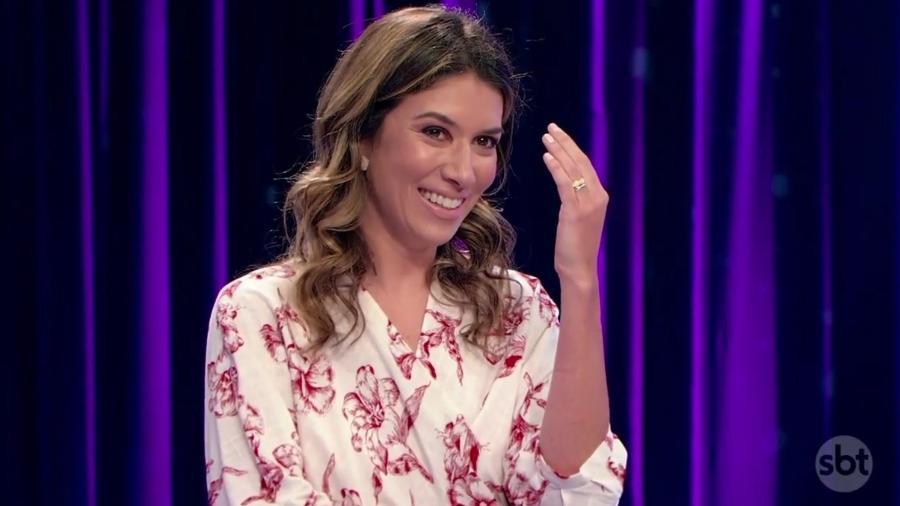 Rebeca Abravanel surgiu pela primeira vez na TV após casamento com Pato (Foto: Divulgação/SBT)