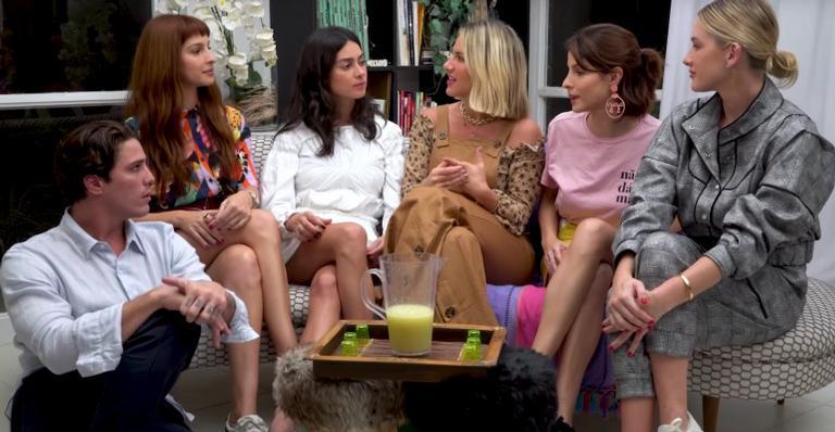 Rômulo Arantes Neto, Michelle Batista, Thaila Ayala, Giovanna Ewbank, Giselle Batista e Fiorella Mattheis (Foto: Reprodução/YouTube)