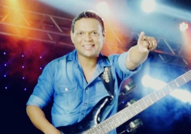 Músico sertanejo, Sula Bass, morreu em acidente de moto (Foto: Divulgação)
