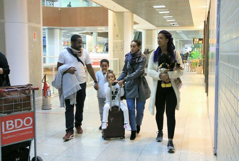 Momento íntimo com a família (Foto: AGNews)