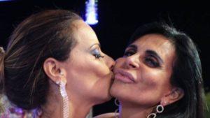 Viviane Araújo e Gretchen (Foto: Reprodução)