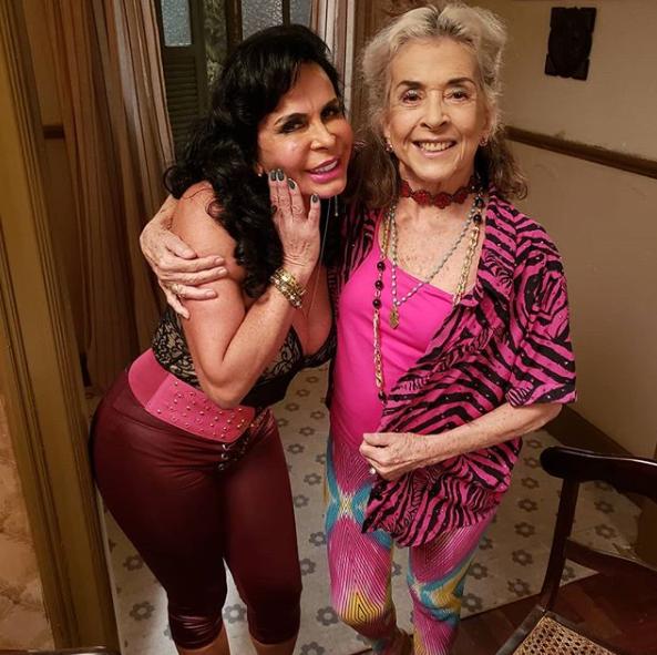 A Dona no Pedaço: Betty Faria quebra protocolo e dá detalhes sobre participação de Gretchen na novela