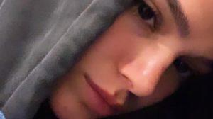 Bruna Marquezine acabou se dando mal e dormiu no aeroporto