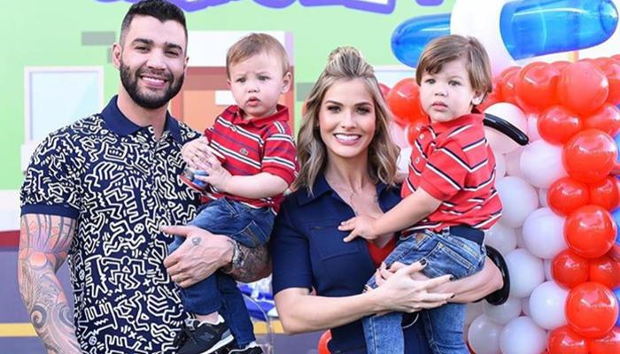 Gusttavo Lima com a esposa, Andressa Suíta, e os filhos, Gabriel e Samuel (Foto: Reprodução/Instagram)