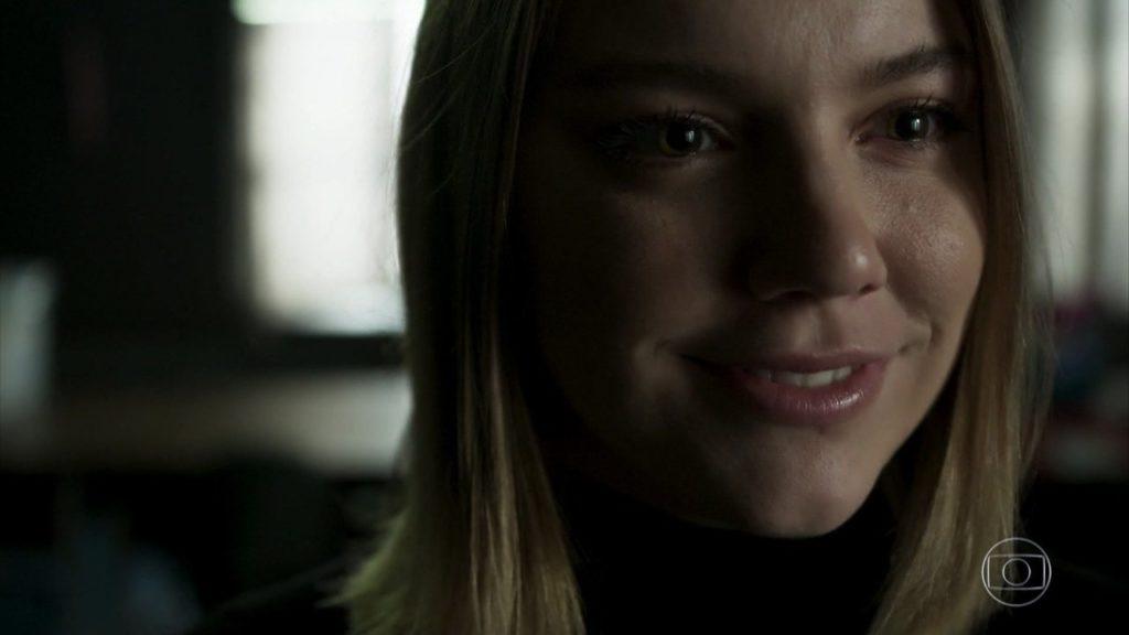 Dalila (Alice Wegmann) é a vilã de Órfãos da Terra, trama das seis, da Globo