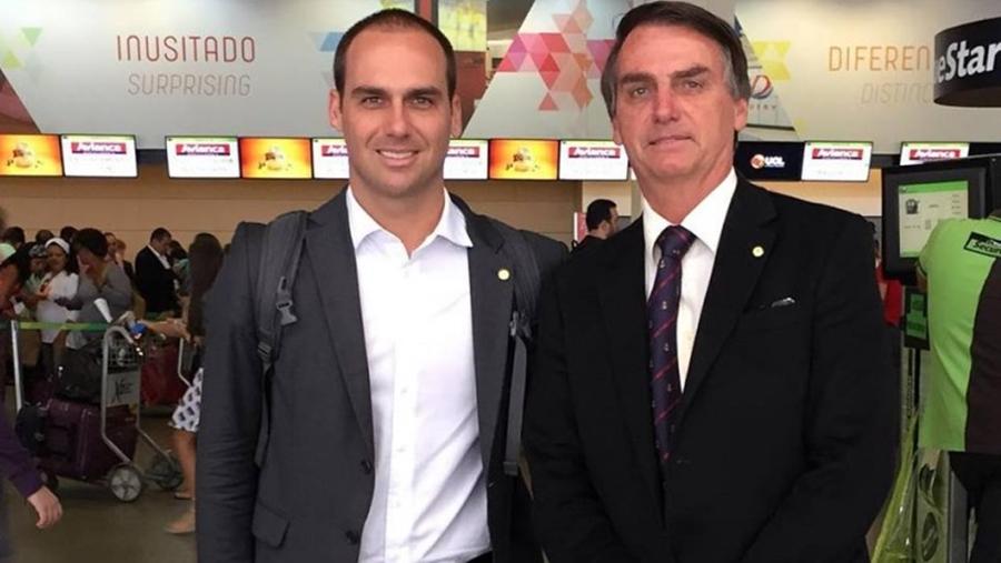 Eduardo e Jair Bolsonaro (Foto: Reprodução)