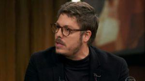 O humorista e apresentador, Fabio Porchat participou do Conversa com Bial na Globo (Imagem: reprodução)