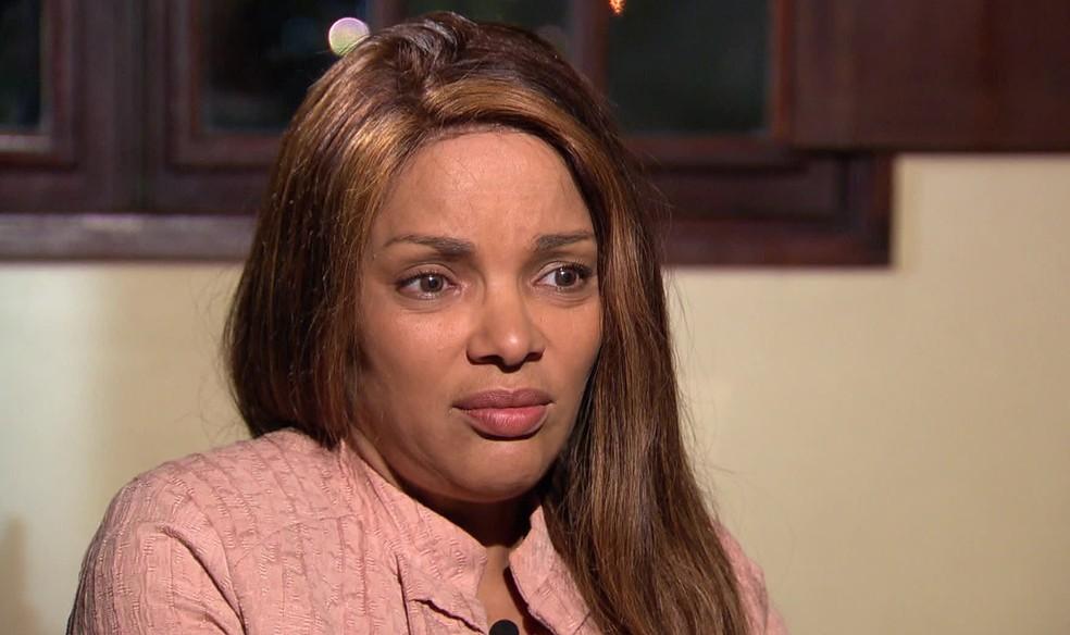 A deputada federal é suspeita de estar envolvida na morte de seu marido, Anderson do Carmo (Foto: Reprodução TV)