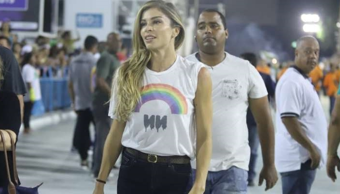 Grazi Massafera em cena da novela Bom Sucesso na Sapucaí (Foto: Daniel Pinheiro/Ag News)
