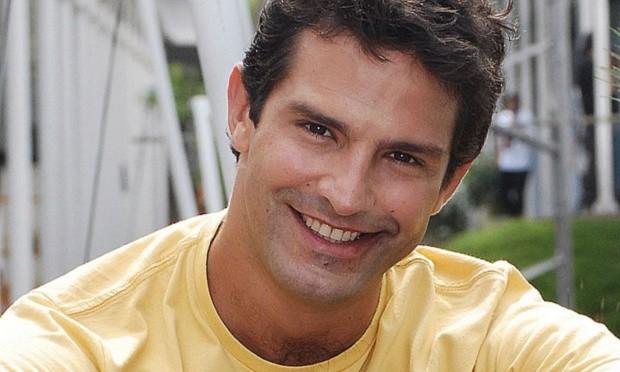 Iran Malfitano de Malhação, que fez novelas na Globo e Record virou motorista de aplicativo (Foto reprodução)