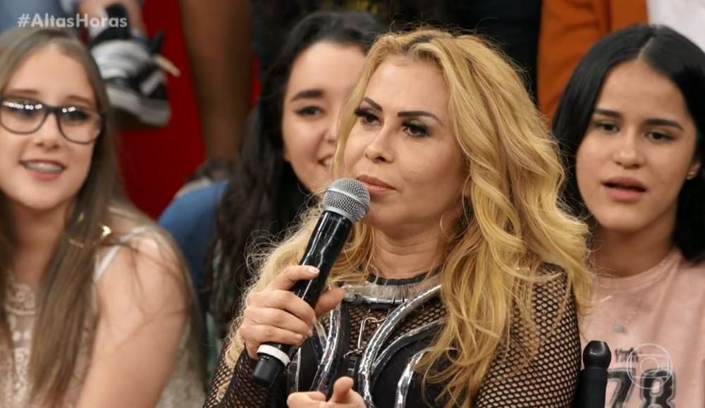 Joelma foi detonado após surgir com cantora gospel (Foto: Globo)