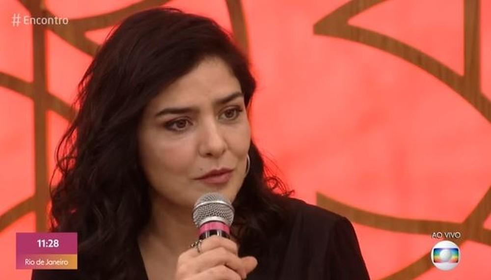 Letícia Sabatella falou sobre sua grave doença durante o Encontro da Globo (Foto: Reprodução)