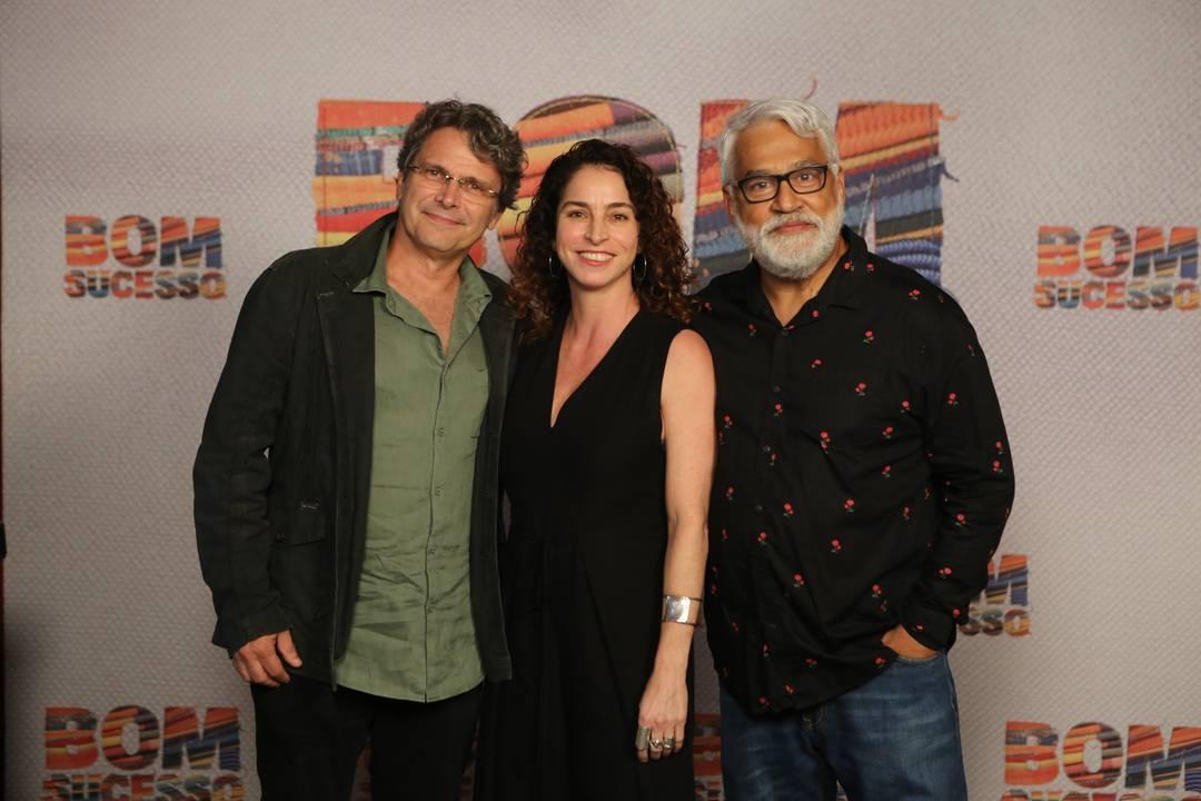 O diretor artístico de Bom Sucesso Luiz Henrique Rios e os autores Rosane Svartman e Paulo Halm (Foto: Reprodução)