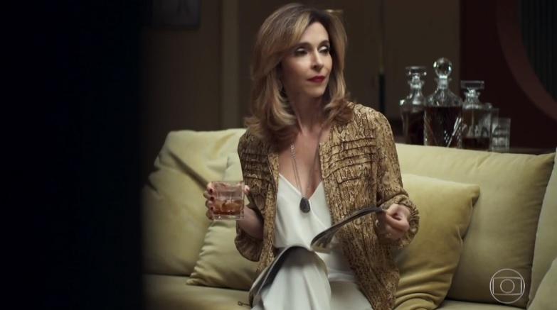 Deborah Evelyn em cena de A Dona do Pedaço da Globo