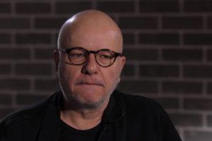 O apresentador Marcelo Tas alfinetou João Kleber durante entrevista (Foto: Reprodução)