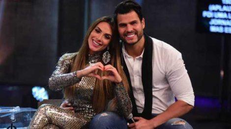 Nicole Bahls e Marcelo Bimbi vencem o 'Power Couple Brasil 4' (Foto: Reprodução)