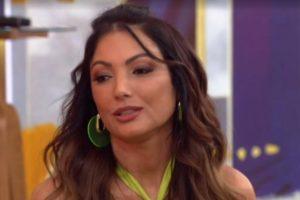 Patrícia Poeta se emociona ao vivo na Globo. Foto: Reprodução/Globo