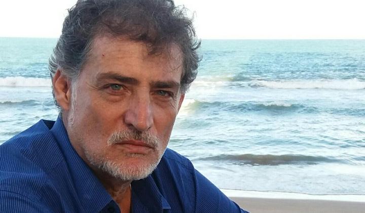 Giuseppe Oristanio teve seu contrato renovado pela Record e estará em Amor Sem Igual, nova novela das sete da emissora paulista. (Foto: Reprodução)