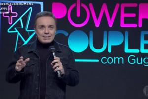 O apresentador Gugu Liberato comanda o reality show Power Couple Brasil 4, exibido pela Record. (Foto: Divulgação/Record)