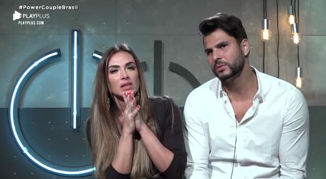 Nicole Bahls e Marcelo Bimbi no reality show Power Couple Brasil 4, da Record. (Foto: Reprodução)