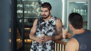 Rock (Caio Castro) em cena de A Dona do Pedaço da Globo (Foto: Reprodução)