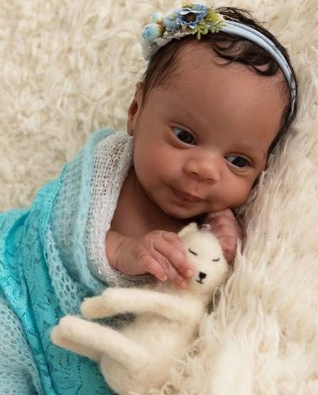 Zaire, filha de Ellen Oléria e Poliana Martins (Foto: Reprodução)