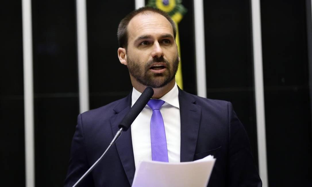 Eduardo Bolsonaro criticou José de Abreu e defendeu Gloria Perez (Foto: Reprodução)