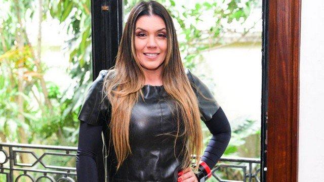 A ex-integrante da Turma do Balão Mágico, Simony estará em A Fazenda 11 (Foto: Reprodução)