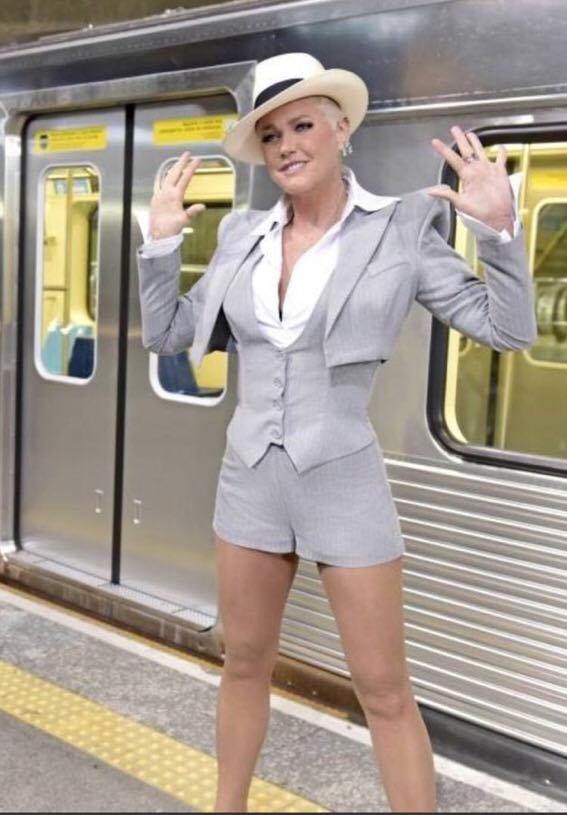 A apresentadora da Record, Xuxa durante gravação para o Dancing Brasil 5 (Imagem: Reprodução)