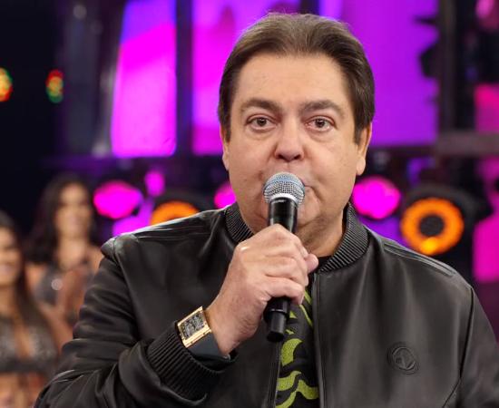 Faustão pediu para Globo demitir funcionário após ser exposto em entrevista e ter segredo revelado (Foto: Reprodução/Globo)