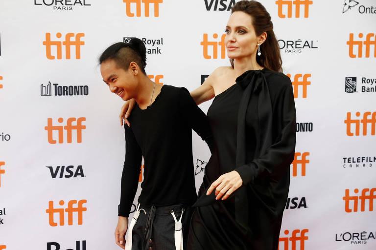 A atriz Agelina Jolie fica arrasada por seu filho Maddox decidir sair de casa (Foto: Reprodução)