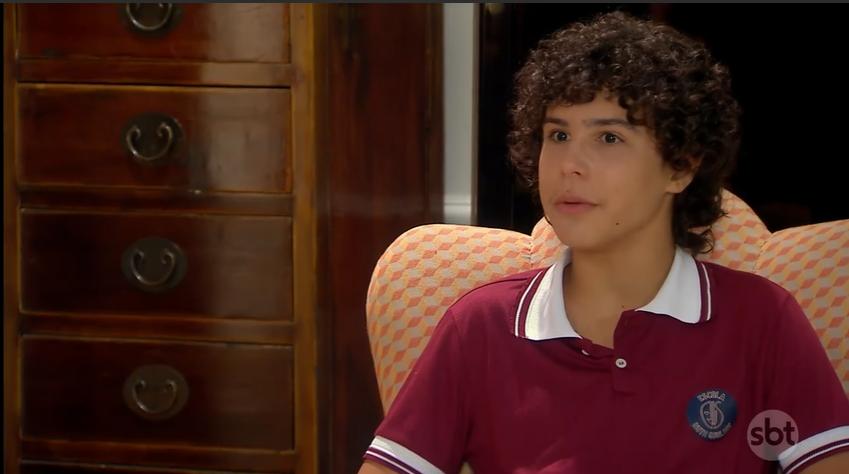 João (Igor Jansen) em cena da novela As Aventuras de Poliana, do SBT. (Foto: Reprodução)